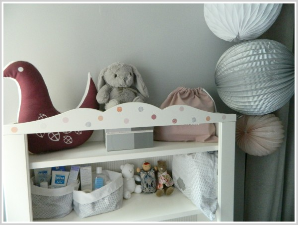 Quiet little place k 39 s choice les grandes filles for Ikea stickers chambre